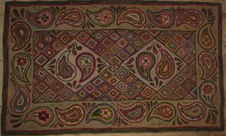 Primitive Paisley hooked