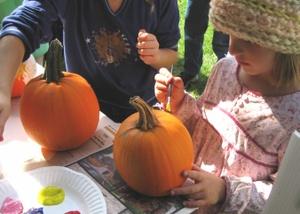 Painting_a_pumpkin